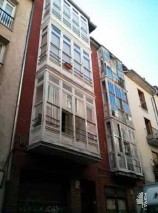 Piso en venta en Vitoria-gasteiz, Álava, Calle Pintoreria, 107.700 €, 3 habitaciones, 1 baño, 77 m2