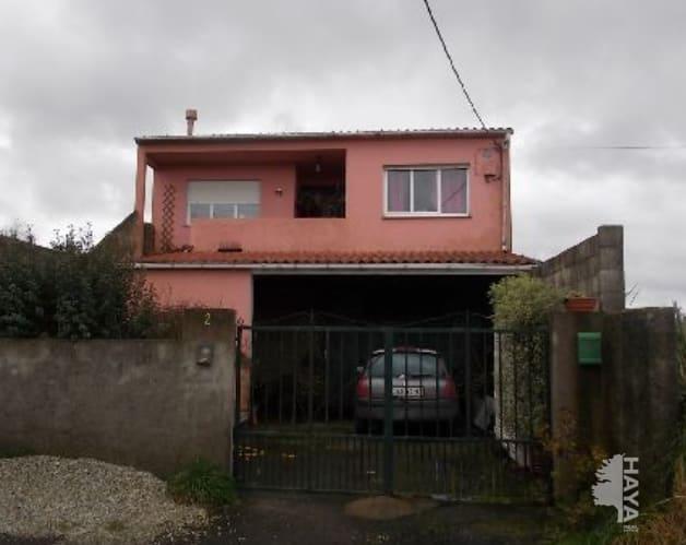 Casa en venta en A Baña, A Coruña, Barrio de Abaixo, 73.603 €, 3 habitaciones, 2 baños, 265 m2