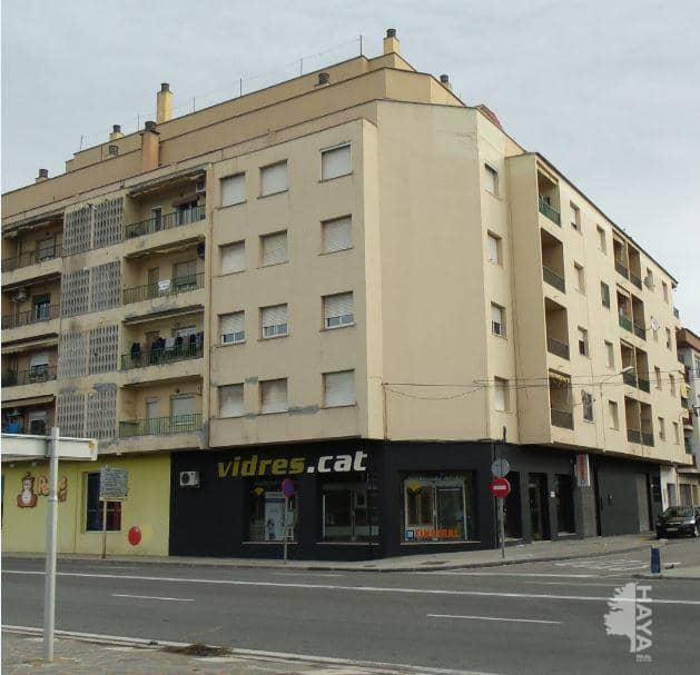 Piso en venta en Bítem, Tortosa, Tarragona, Avenida Cristofol Colom, 48.000 €, 3 habitaciones, 1 baño, 112 m2