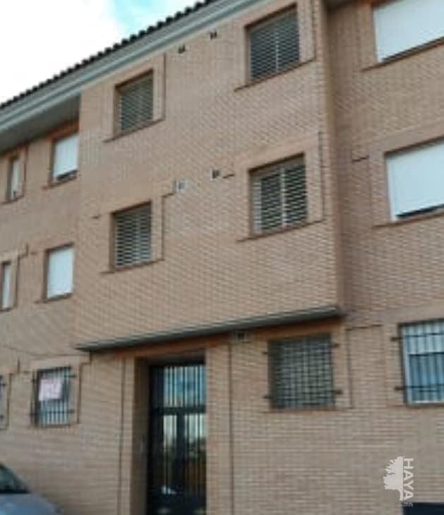 Piso en venta en Madridejos, Toledo, Calle Rosalia de Castro, 48.152 €, 2 habitaciones, 1 baño, 66 m2
