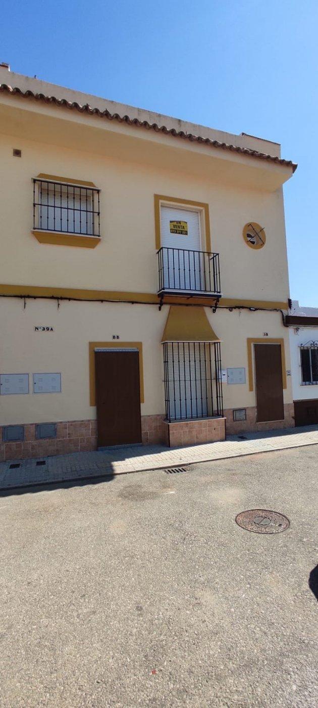 Piso en venta en Morón de la Frontera, Sevilla, Calle Ba Barrio Rojas Marcos, 82.000 €, 3 habitaciones, 1 baño, 101 m2