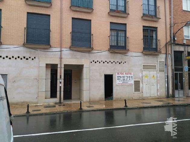 Local en venta en Sahagún, Sahagún, León, Calle Constitucion, 139.000 €, 299 m2