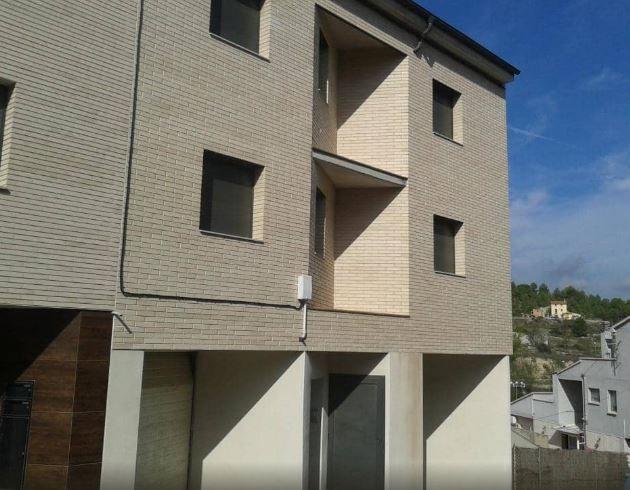 Piso en venta en Bockum, Òdena, Barcelona, Calle Montseny, 329.600 €, 291 m2