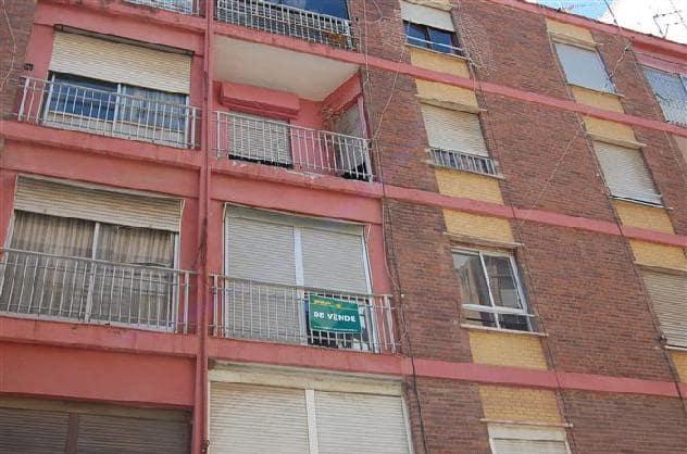 Piso en venta en El Baladre, Sagunto/sagunt, Valencia, Calle Circo Romano, 69.600 €, 4 habitaciones, 1 baño, 79 m2