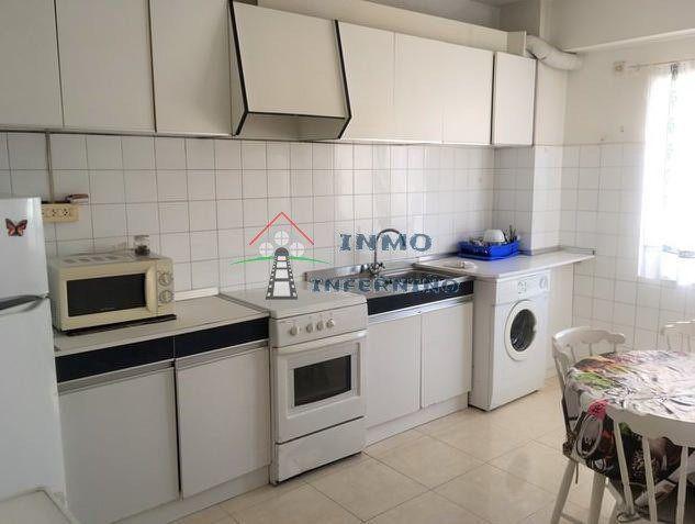Piso en alquiler en Ensanche A, Ferrol, A Coruña, Calle Sanchez Calviño, 350 €, 3 habitaciones, 1 baño, 83 m2