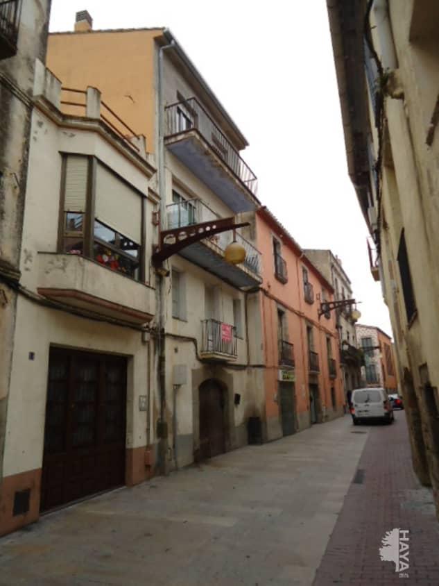 Piso en venta en Mas de L`esquerrà, la Jonquera, Girona, Calle Major, 53.000 €, 2 habitaciones, 1 baño, 79 m2