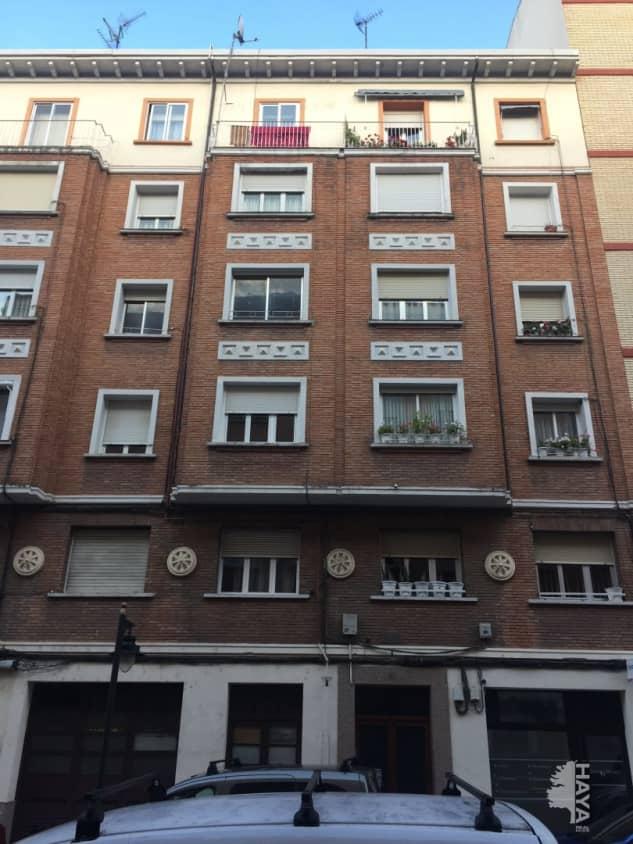 Piso en venta en La Estrella, Logroño, La Rioja, Calle Marques de la Ensalada, 173.000 €, 5 habitaciones, 2 baños, 145 m2