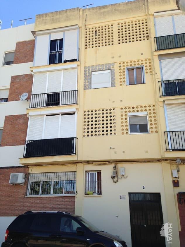 Piso en venta en Alcalá de Guadaíra, Sevilla, Calle Pino, 78.100 €, 1 baño, 135 m2