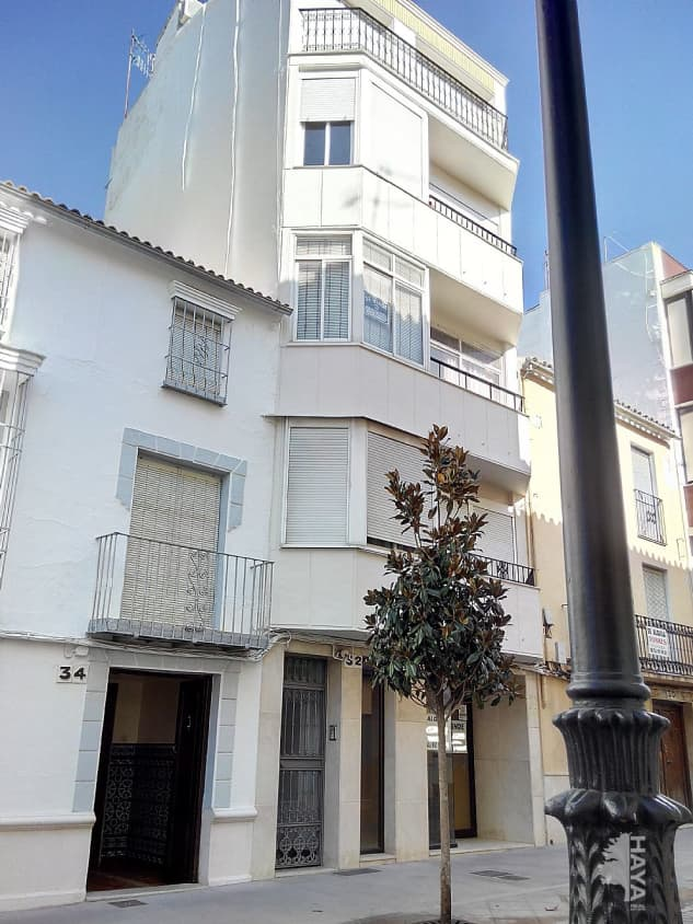 Piso en venta en Las Vegas, Lucena, Córdoba, Calle San Pedro, 58.000 €, 3 habitaciones, 1 baño, 75 m2