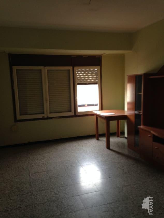 Piso en venta en Grupo Corell, Almazora/almassora, Castellón, Calle Santa Cruz, 34.400 €, 2 habitaciones, 1 baño, 95 m2