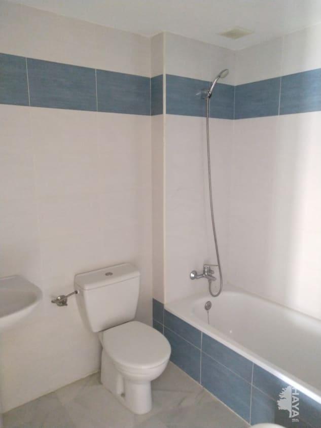 Piso en venta en Piso en Algeciras, Cádiz, 131.000 €, 3 habitaciones, 2 baños, 125 m2