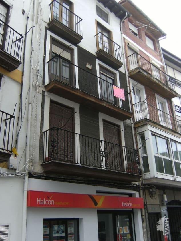 Piso en venta en Casco Histórico, Castro-urdiales, Cantabria, Calle Ardigales, 105.000 €, 3 habitaciones, 1 baño, 99 m2