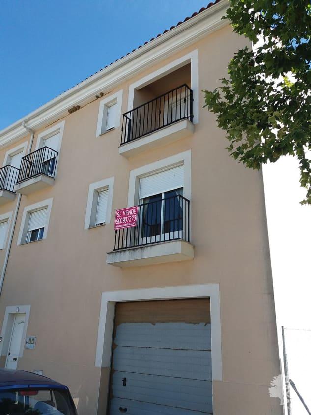 Casa en venta en Malpartida de Plasencia, Malpartida de Plasencia, Cáceres, Avenida Ciudad Plasenci, 120.000 €, 4 habitaciones, 1 baño, 215 m2