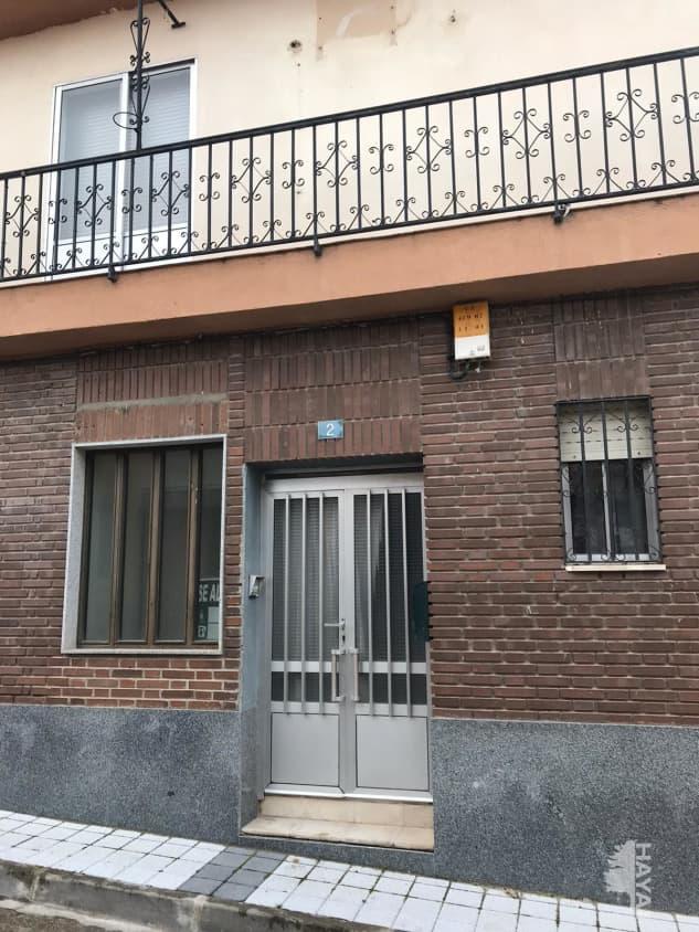 Piso en venta en Carpio, Carpio, Valladolid, Calle Angel Jimenez, 39.000 €, 3 habitaciones, 1 baño, 178 m2