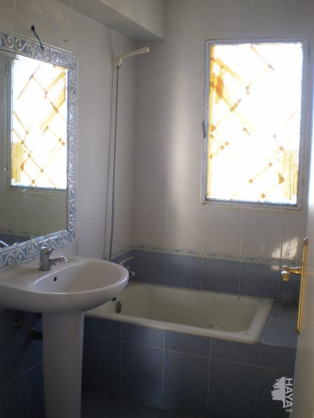 Piso en venta en Riaza, Riaza, Segovia, Camino en Medio, 66.000 €, 3 habitaciones, 1 baño, 72 m2