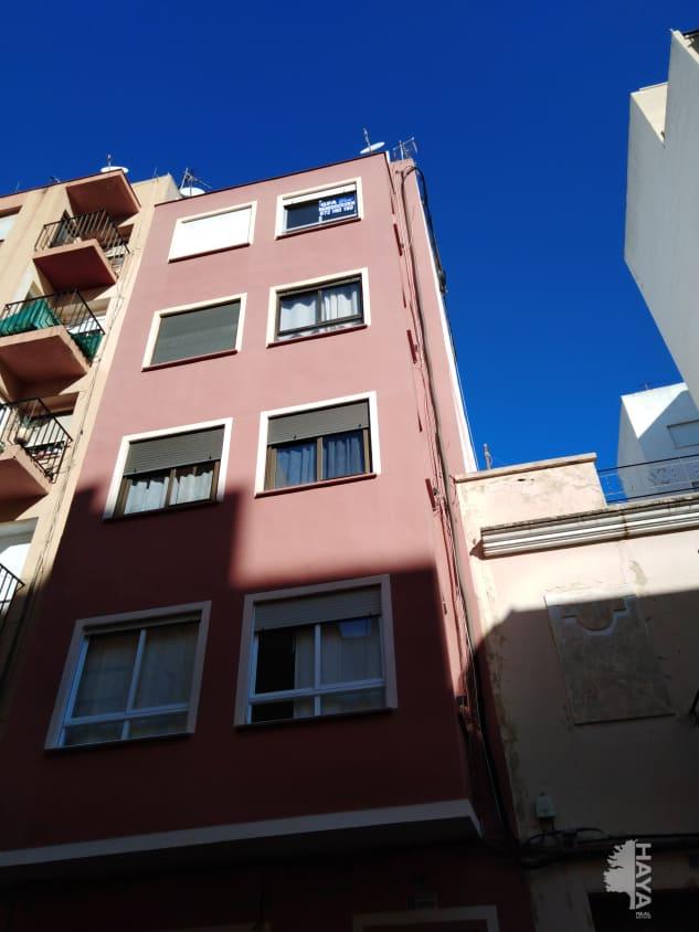 Piso en venta en Castellón de la Plana/castelló de la Plana, Castellón, Calle Padre Vicent, 44.400 €, 4 habitaciones, 1 baño, 110 m2