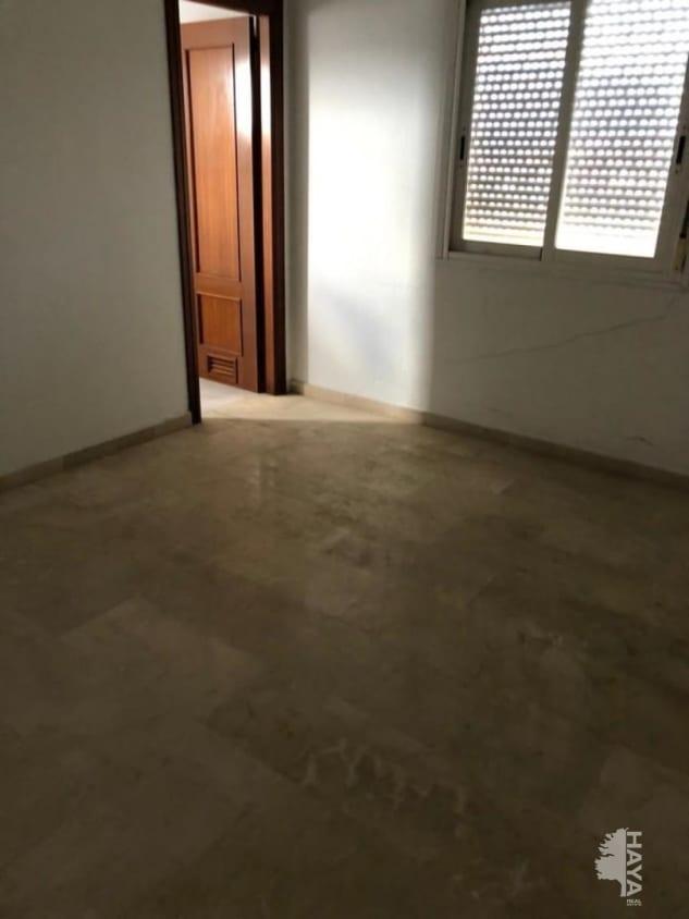 Piso en venta en Piso en Algeciras, Cádiz, 99.500 €, 3 habitaciones, 2 baños, 122 m2