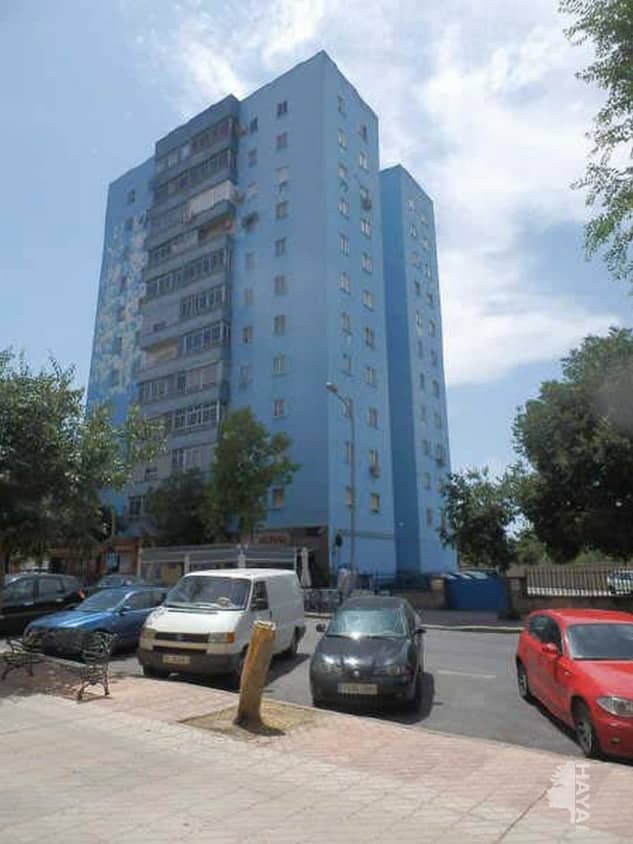Piso en venta en Cáceres, Cáceres, Avenida de la Bondad, 71.300 €, 3 habitaciones, 1 baño, 79 m2