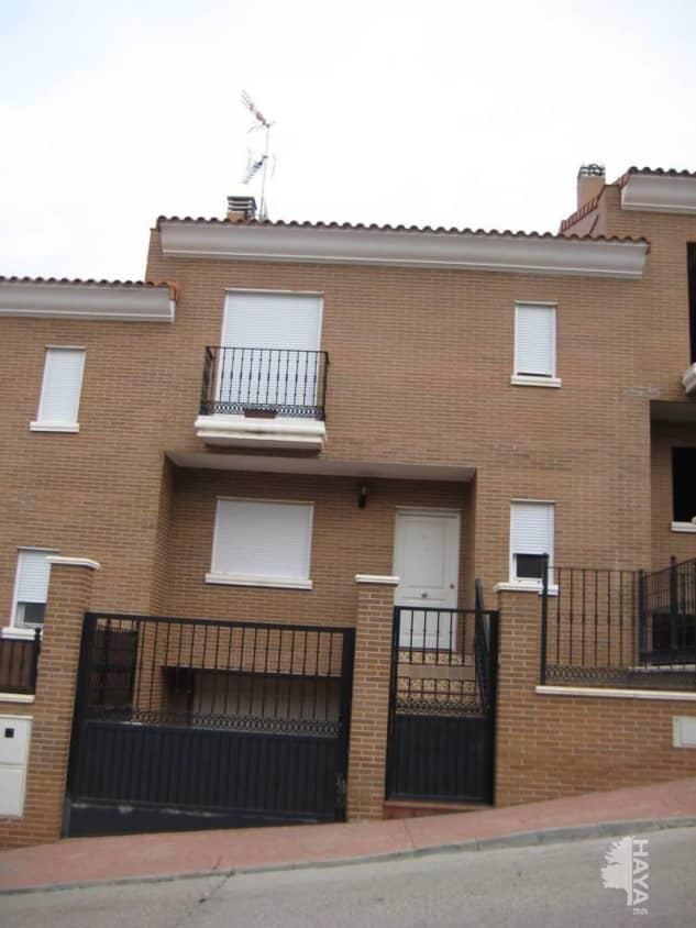 Piso en venta en Méntrida, Méntrida, Toledo, Calle Vista de la Ermita, 109.900 €, 1 baño, 203 m2