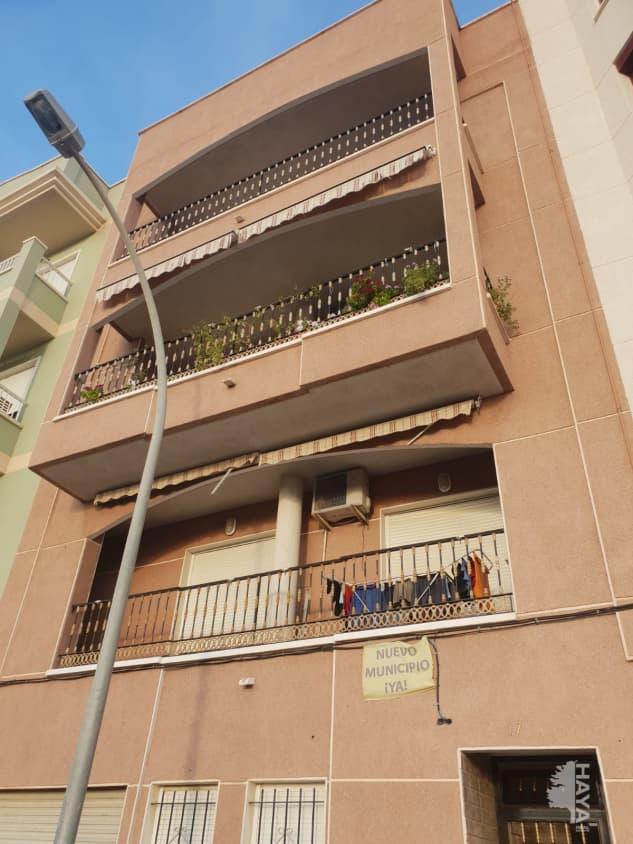 Piso en venta en Elche/elx, Alicante, Calle Pinta, 66.500 €, 4 habitaciones, 2 baños, 133 m2