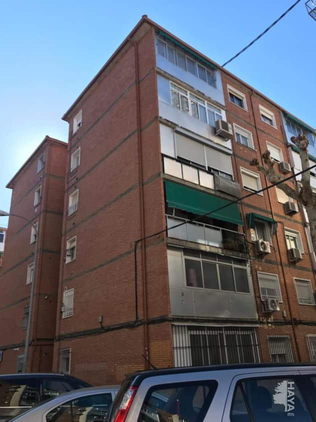 Piso en venta en Reyes Católicos, Alcalá de Henares, Madrid, Calle Santa Teresa, 44.982 €, 3 habitaciones, 1 baño, 64 m2
