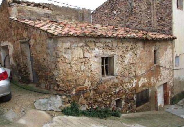 Casa en venta en Llucena/lucena del Cid, Lucena del Cid, Castellón, Calle Eras, 7.800 €, 1 baño, 59 m2