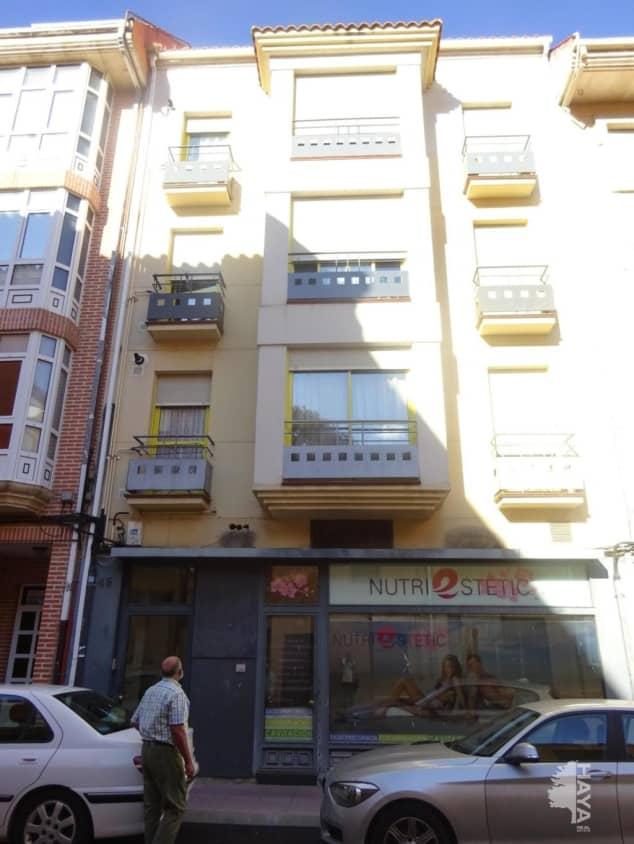 Local en venta en Barrio Santa Clara, Benavente, Zamora, Calle de los Carros, 61.000 €, 172 m2