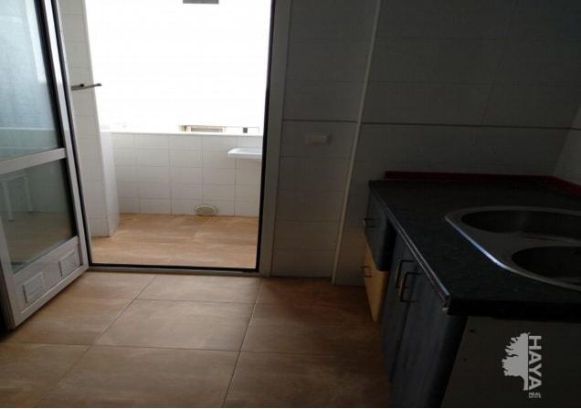 Piso en venta en Piso en Almería, Almería, 83.600 €, 3 habitaciones, 2 baños, 97 m2