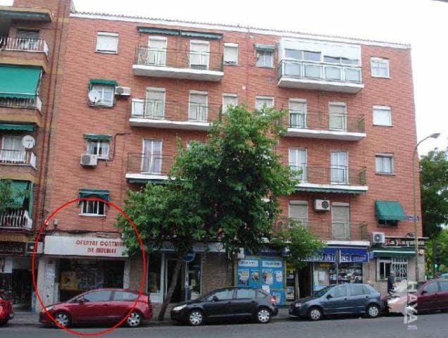 Local en venta en Ciudad Lineal, Madrid, Madrid, Calle Emilio Ferrari, 260.000 €, 515 m2