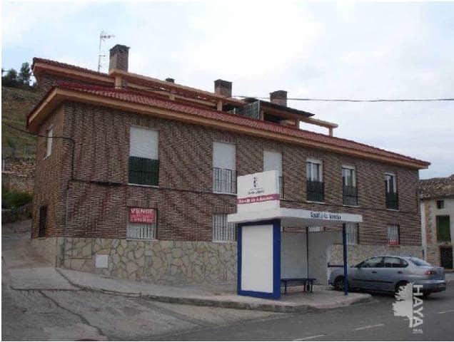 Piso en venta en Mirador de Hontoba, Hontoba, Guadalajara, Calle Trinquete, 49.500 €, 3 habitaciones, 1 baño, 75 m2