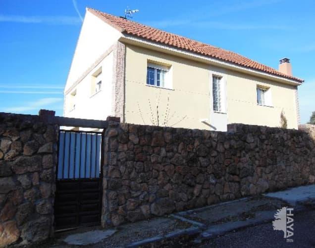 Casa en venta en Fuentenovilla, Fuentenovilla, Guadalajara, Avenida Laurel, 138.232 €, 4 habitaciones, 3 baños, 346 m2