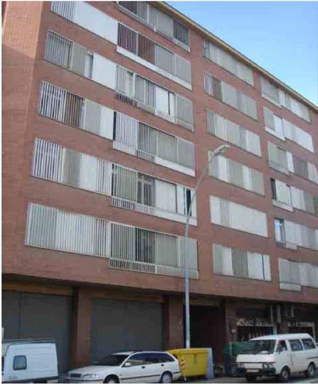 Piso en venta en Vic - Remei, Manresa, Barcelona, Carretera Vic, 108.000 €, 3 habitaciones, 1 baño, 95 m2
