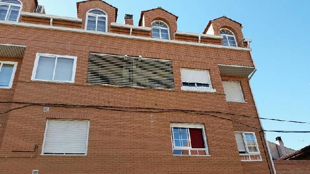 Piso en venta en Azuqueca de Henares, Guadalajara, Calle los Almendros, 90.000 €, 2 habitaciones, 1 baño, 81 m2