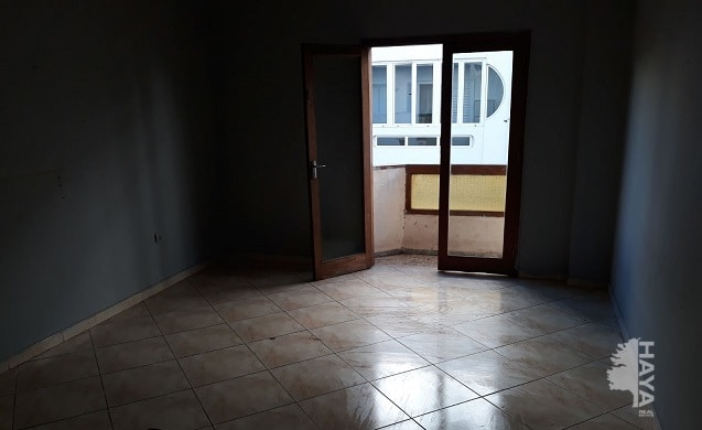 Piso en venta en Arrecife, Las Palmas, Calle Peñas del Cache, 106.250 €, 3 habitaciones, 2 baños, 102 m2