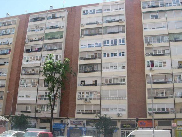 Local en venta en Madrid, Madrid, Calle la Bañeza, 105.000 €, 59 m2