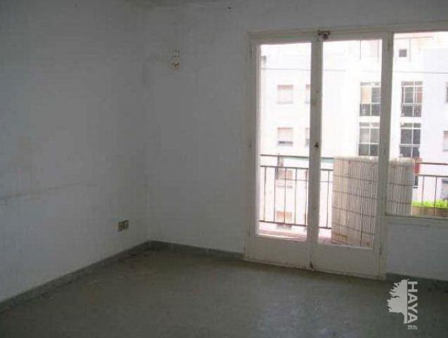 Piso en venta en El Carme, Reus, Tarragona, Calle Escultor Rocamora, 33.800 €, 3 habitaciones, 1 baño, 64 m2