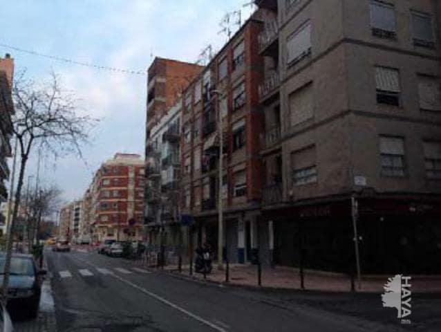 Piso en venta en Grupo San Pedro, Castellón de la Plana/castelló de la Plana, Castellón, Calle Juan de Austria, 27.200 €, 3 habitaciones, 1 baño, 80 m2