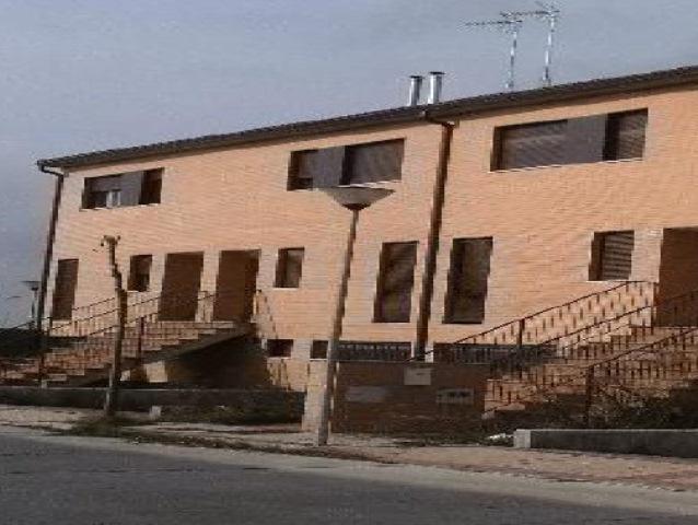 Casa en venta en Morales de Toro, Morales de Toro, Zamora, Calle Carretera Tordesillas, 83.000 €, 4 habitaciones, 3 baños, 209 m2