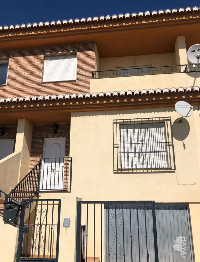 Casa en venta en Vegas del Genil, Granada, Camino Purchilejo, 121.799 €, 3 habitaciones, 2 baños, 189 m2
