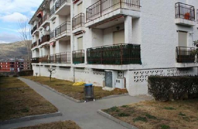 Piso en venta en El Tiemblo, Ávila, Calle Jardin del Tiemblo, 56.100 €, 2 habitaciones, 1 baño, 73 m2