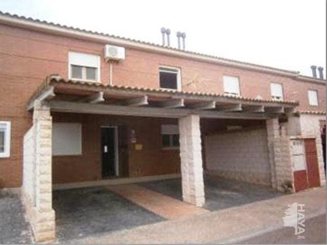 Casa en venta en Urbanización Lago Azul, Pinseque, Zaragoza, Calle Ramiro Ii, 133.710 €, 4 habitaciones, 2 baños, 137 m2