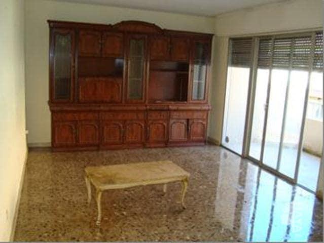 Piso en venta en Salou, Tarragona, Calle Mar (del), 180.000 €, 3 habitaciones, 1 baño, 109 m2