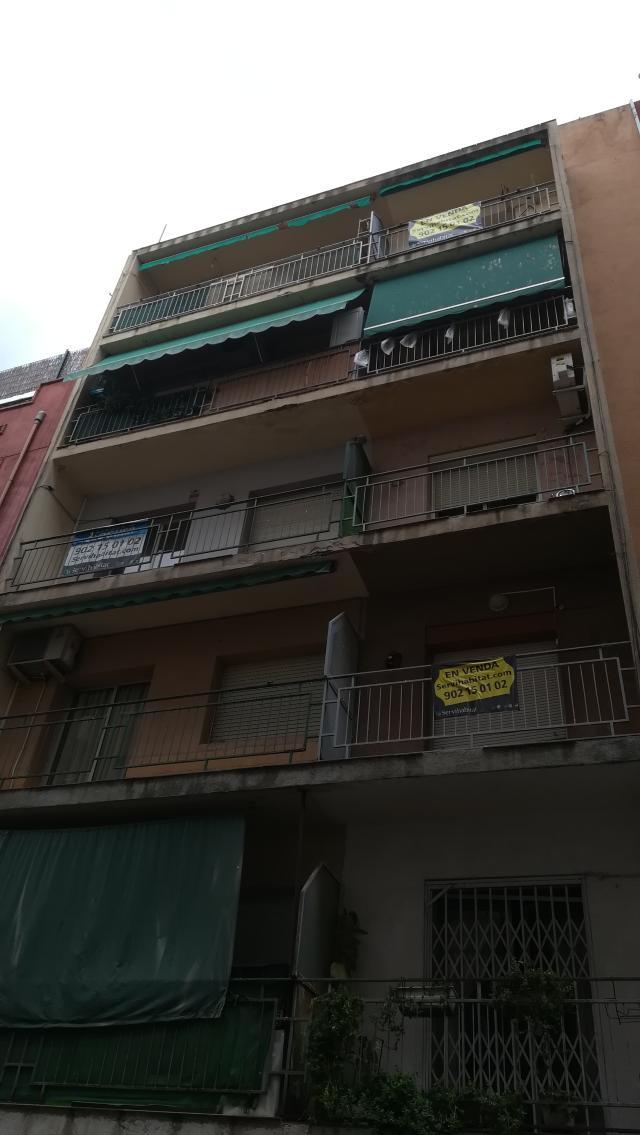 Piso en venta en Tarragona, Tarragona, Calle de Castaños, 95.000 €, 97 m2