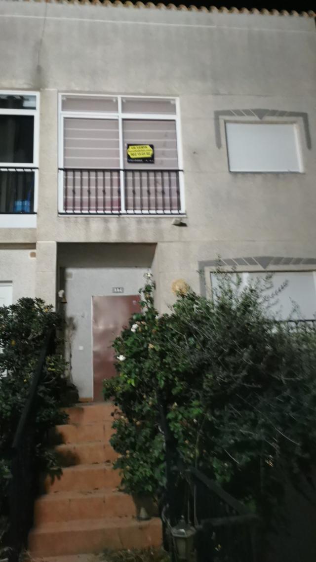 Casa en venta en San Vicente del Raspeig/sant Vicent del Raspeig, Alicante, Calle Carrasqueta, 156.000 €, 3 habitaciones, 3 baños, 156 m2