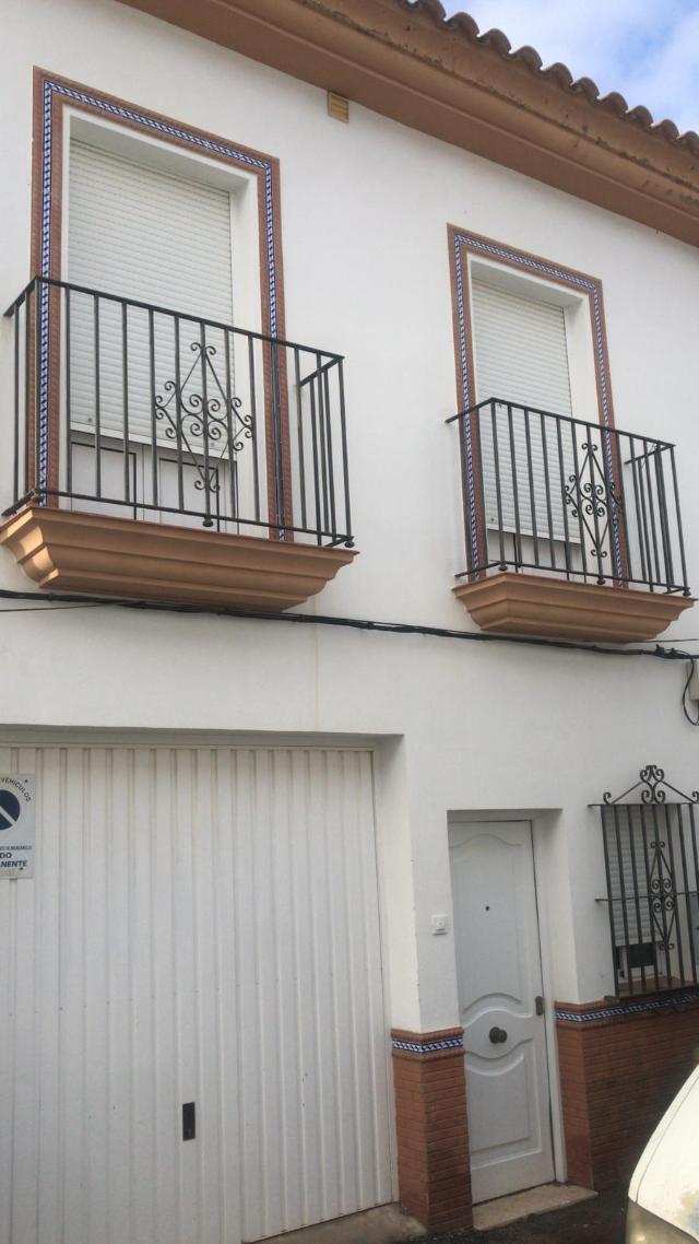Casa en venta en Manzanilla, Huelva, Calle Galinda, 91.500 €, 3 habitaciones, 4 baños, 128 m2