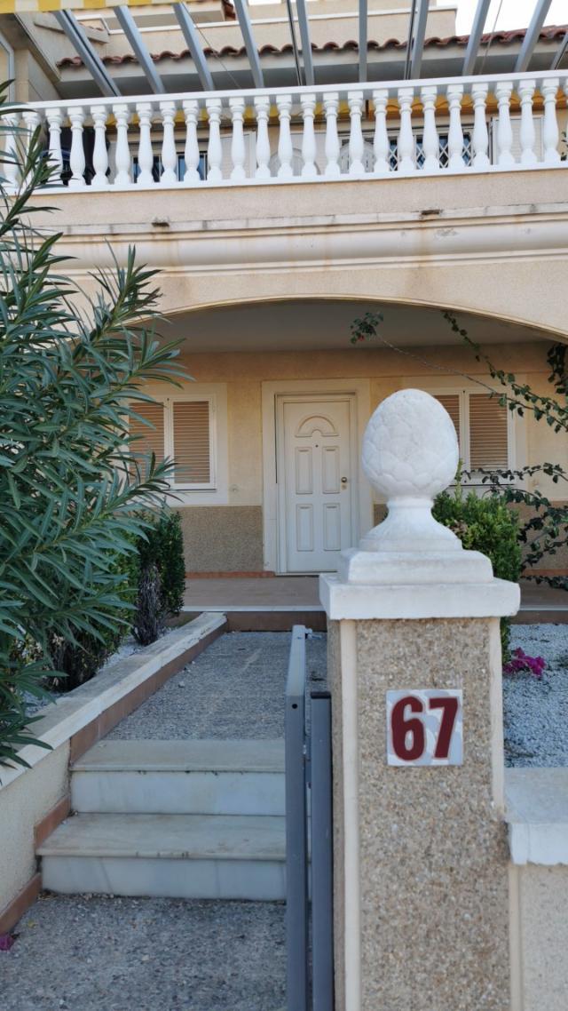Piso en venta en Orihuela, Alicante, Calle Pino Piñonero, 138.000 €, 2 habitaciones, 2 baños, 88 m2