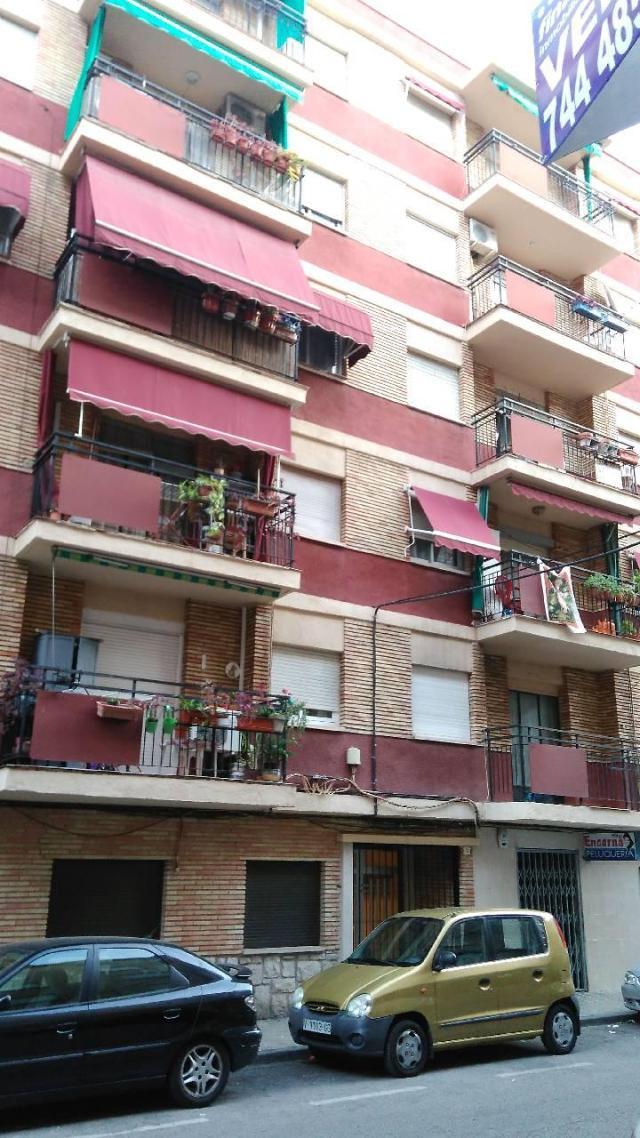 Piso en venta en Gandia, Valencia, Calle Juan de Juanes, 29.200 €, 3 habitaciones, 1 baño, 75 m2