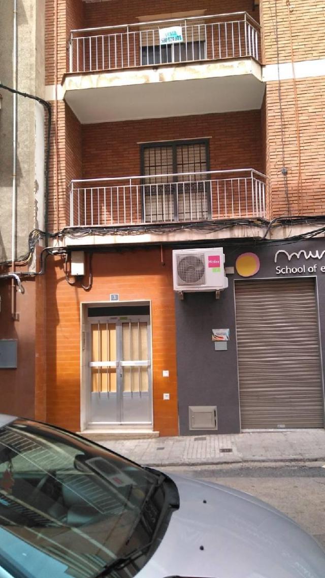 Piso en venta en Puertollano, Ciudad Real, Calle Menendez Pelayo, 66.600 €, 3 habitaciones, 1 baño, 134 m2