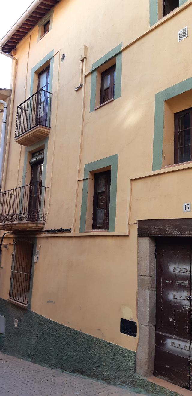 Piso en venta en Berga, Barcelona, Calle Castellar del Riu, 42.000 €, 79 m2