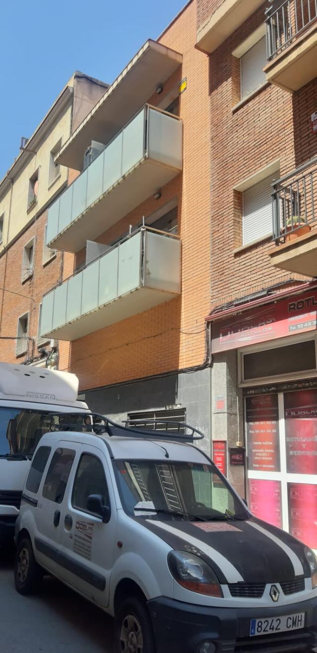Piso en venta en La Torrassa, L` Hospitalet de Llobregat, Barcelona, Calle Mossen Jaume Busquets, 180.000 €, 84 m2